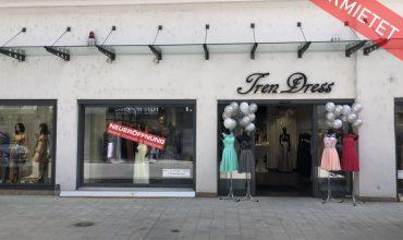Ladengeschäft in der Fußgängerzone nähe Rathausplatz